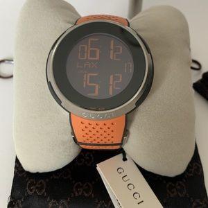 Gucci Men's YA114104/YA113 Digital Rubber Watch 💖
